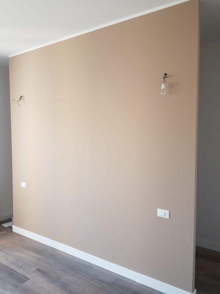 Il prestigio del legno in un elegante appartamento a Legnano (MI)